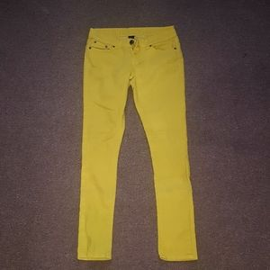 Rue 21 Yellow skinny jeans
